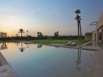 Moderne et luxe à la palmeraie de Marrakech Piscine