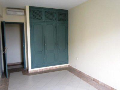 Appartement dans résidence avec piscine (4)