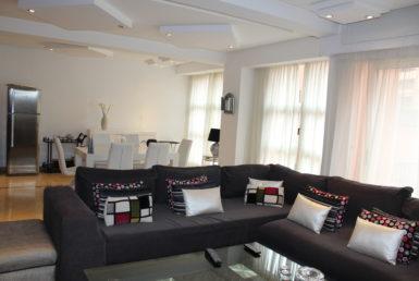 Duplex contemporainen location quartier Majorelle Marrakech