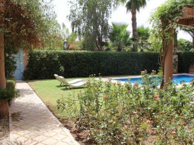 Location villa meublée au Golf de Marrakech piscine