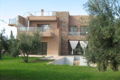 Villa contemporaine à louer | Agence Immobikière à Marrakech